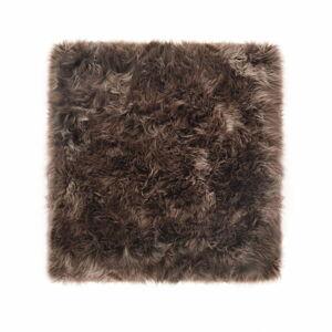Hnědý koberec z ovčí kožešiny Royal Dream Zealand Square, 70x70cm