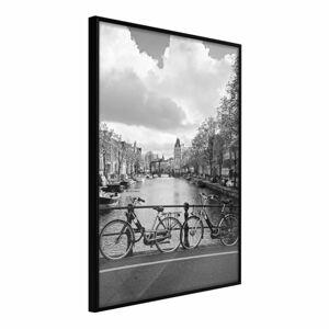 Plakát v rámu Artgeist Bicycles Against Canal, 20 x 30 cm
