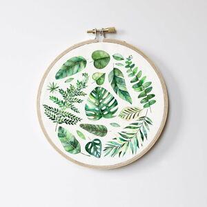 Bílo-zelená závěsná dekorace Madre Selva Leaves